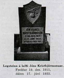 Placa en memoria del portero del Valur, Jón Karel Kristbjörnsson, fallecido tras un golpe recibido en el partido Valur-KR en junio de 1933
